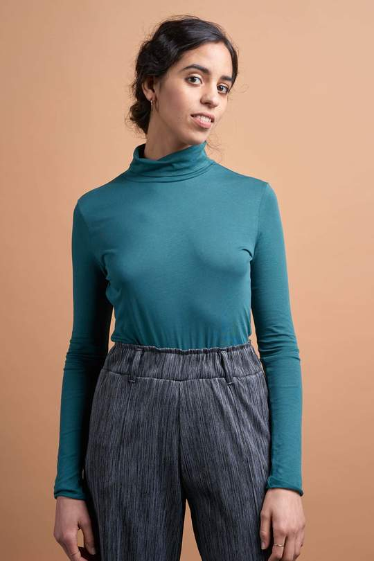Malena secondskin top green from The Green Labels